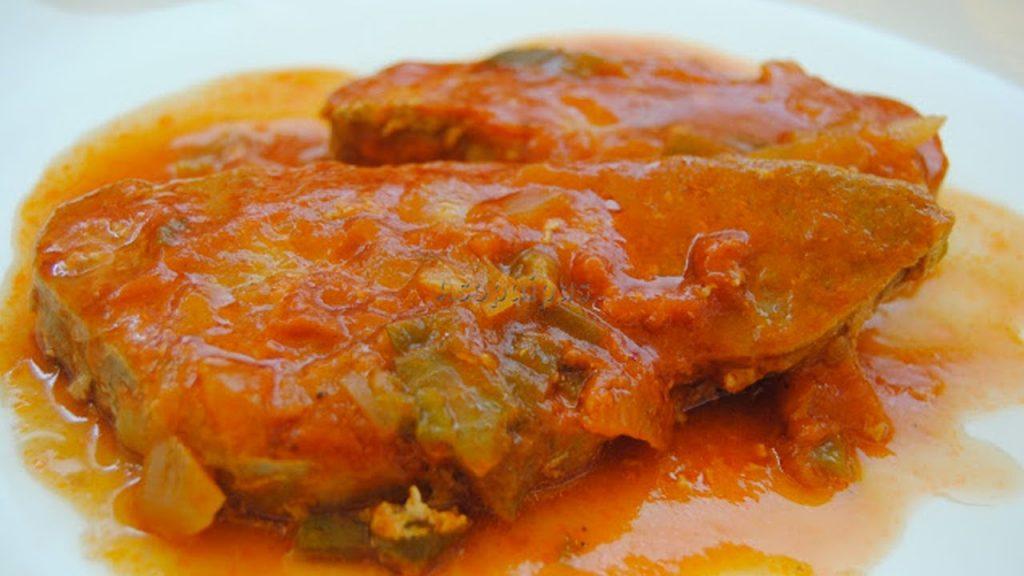 marrajo en salsa de tomate